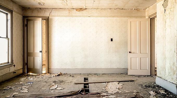 出稼ぎ宿泊先でのトラブル-汚い部屋